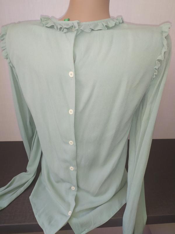 Красивая блуза с рюшами benetton - Фото 2