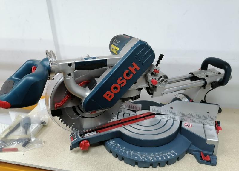 Торцовочная пила Bosch GCM 12 SD (новая)