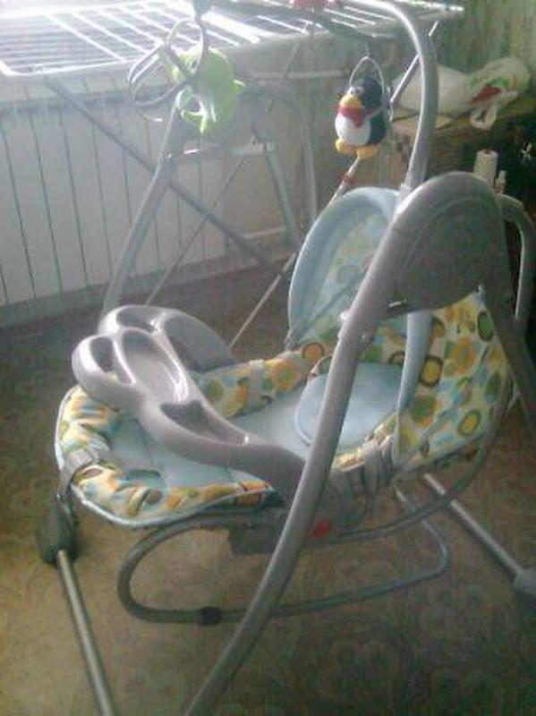 Кроватка - кресло-качель, укачивающий центр для новорожденного - Фото 2