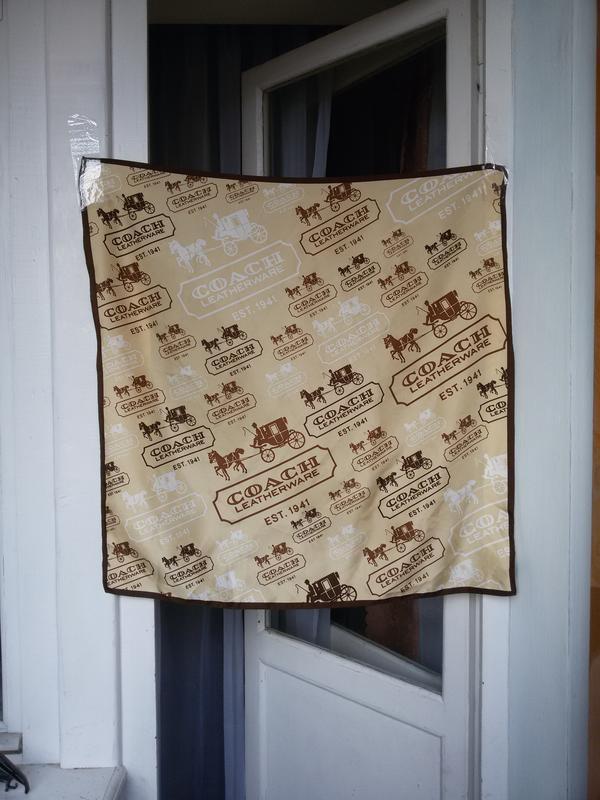 Шелковый платок coach 68*70