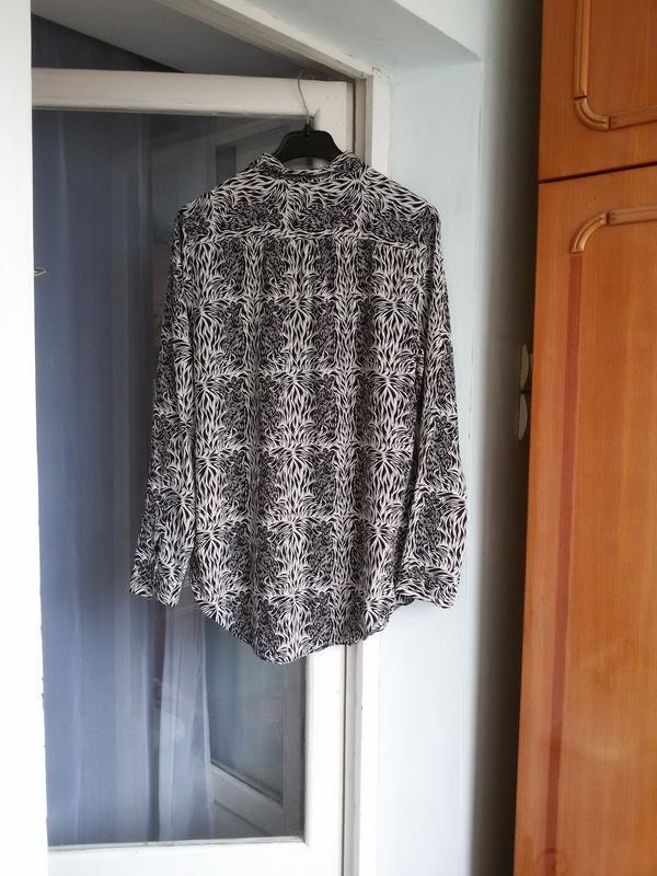 Стильная длинная шелковая рубашка в принт moods of norway 100%... - Фото 4
