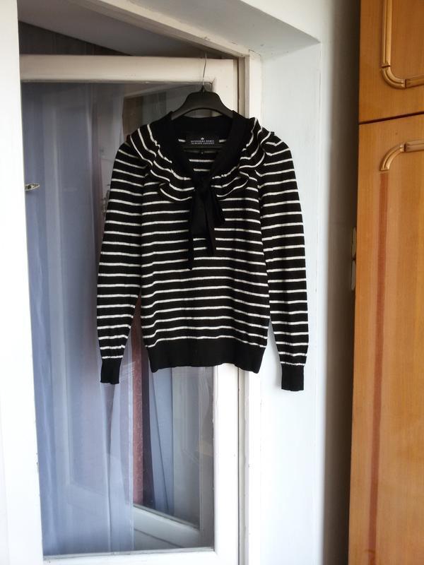 Дизайнерский свитер в полоску  100% мериносовая шерсть designe...