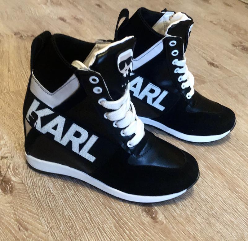 Новые женские кроссовки сникерсы karl lagerfeld.