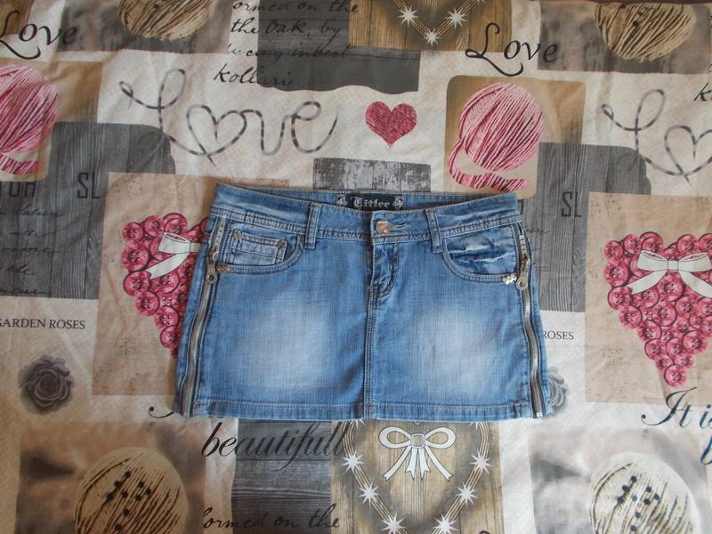 Джинсовая мини-юбка голубого цвета размер 29/44-46