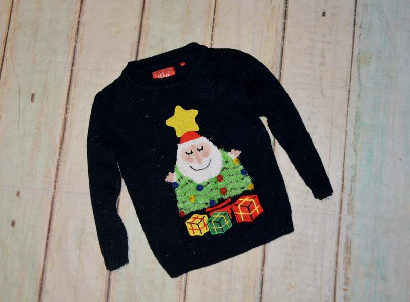 Новогодний свитер tu на 3-4 года