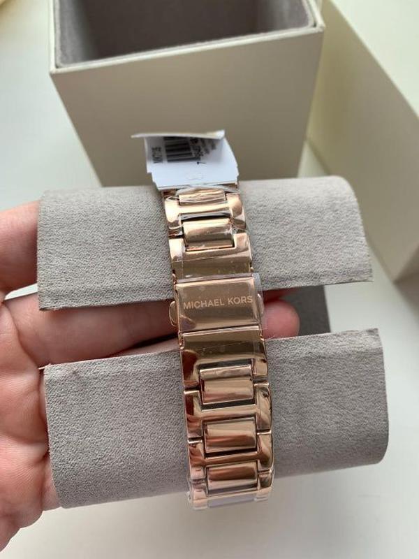 Женские часы Michael Kors MK7135 'Janelle' - Фото 4