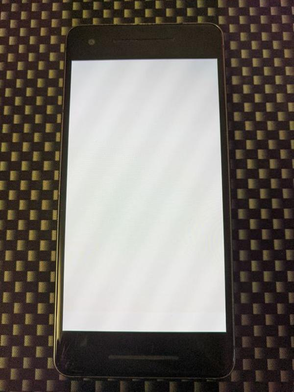 Google Pixel 2Xl 4/64  Android 11/ NFC+ чехол - Фото 2