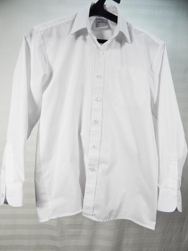 Белая классическая рубашка для школьника