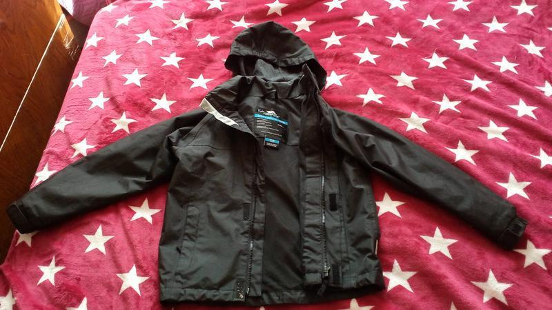 Куртка фирменная ветровка trespass на 7-8 лет на рост 128-134