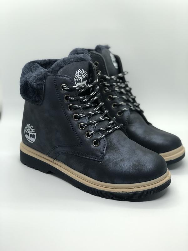 Зимние ботинки с искусственным мехом внутри