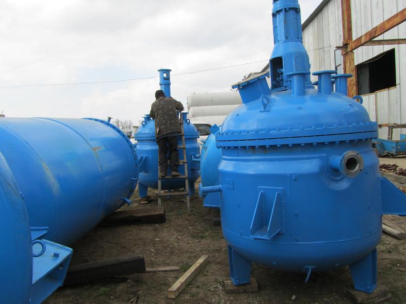 Реактор из нержавеющей стали 2м3. Реакторы из нержавейки до 50м3