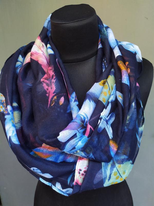 Небольшой снуд хомут круговой шарф индиго синий в наличии - Фото 3