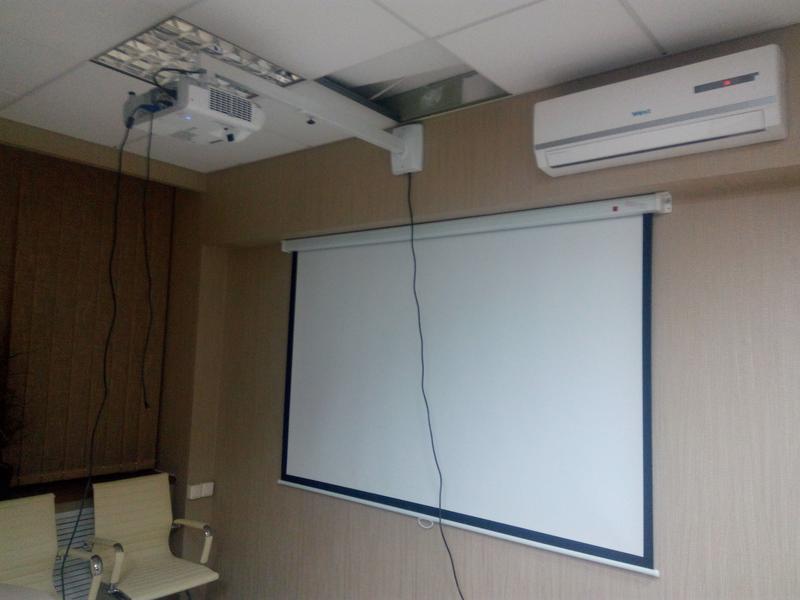Установка проекторов