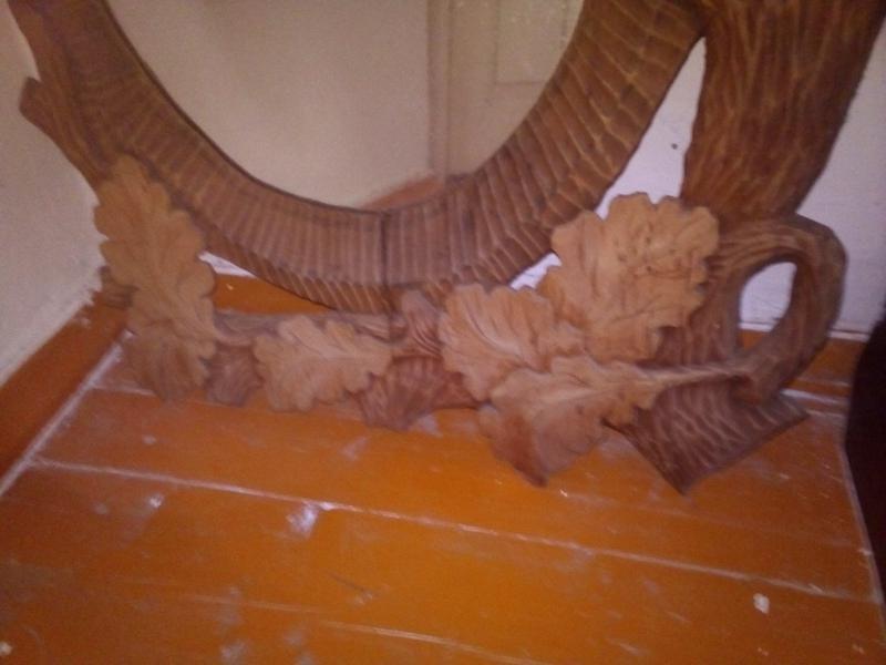 Зеркало в дерев'яній рамі ручної роботи - Фото 2