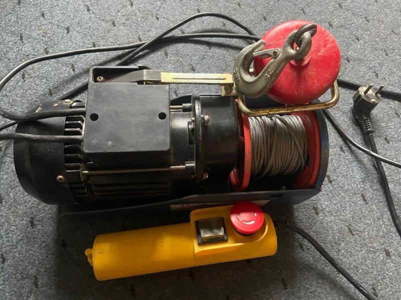 Электротельфер, электролебедка 150/300кг.