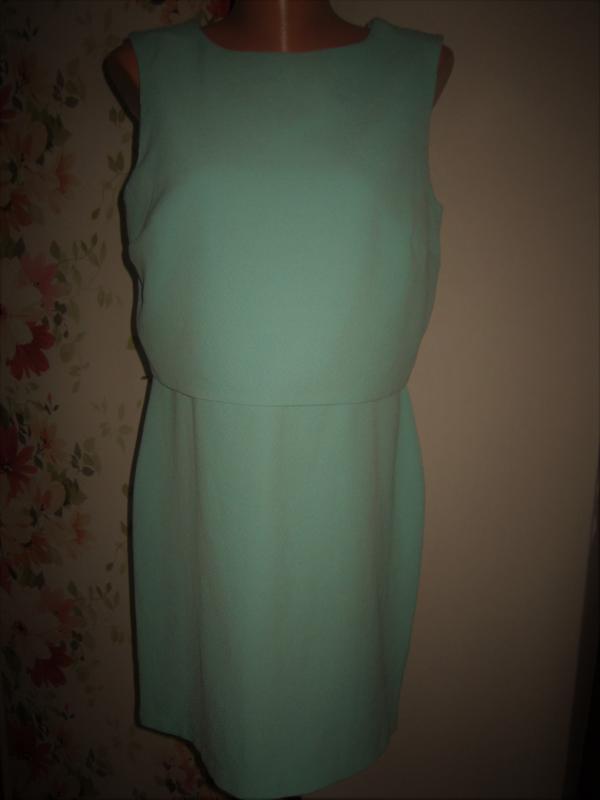 Светло-зеленое 2-слойное платье с кружевом warehouse