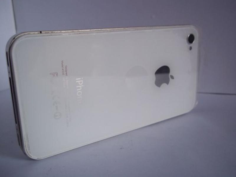 Apple iPhone 4 16Gb A1332 - Фото 2