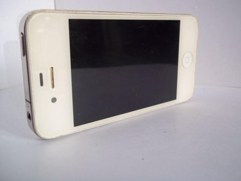 Apple iPhone 4 16Gb A1332 - Фото 3