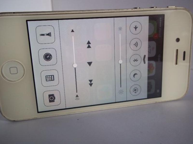Apple iPhone 4 16Gb A1332 - Фото 5