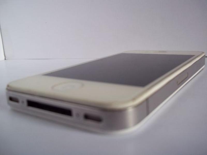 Apple iPhone 4 16Gb A1332 - Фото 8
