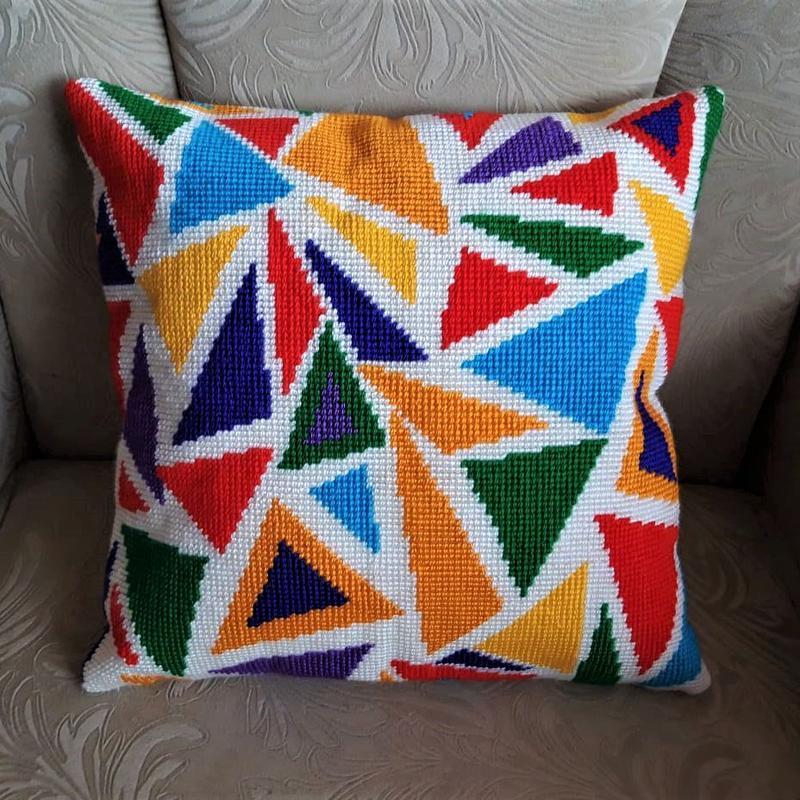 Подушки: Вышитая декоративная подушка, ручная работа