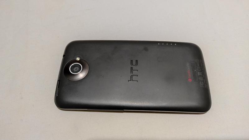 Смартфон HTC One X  Неробочий - Фото 2