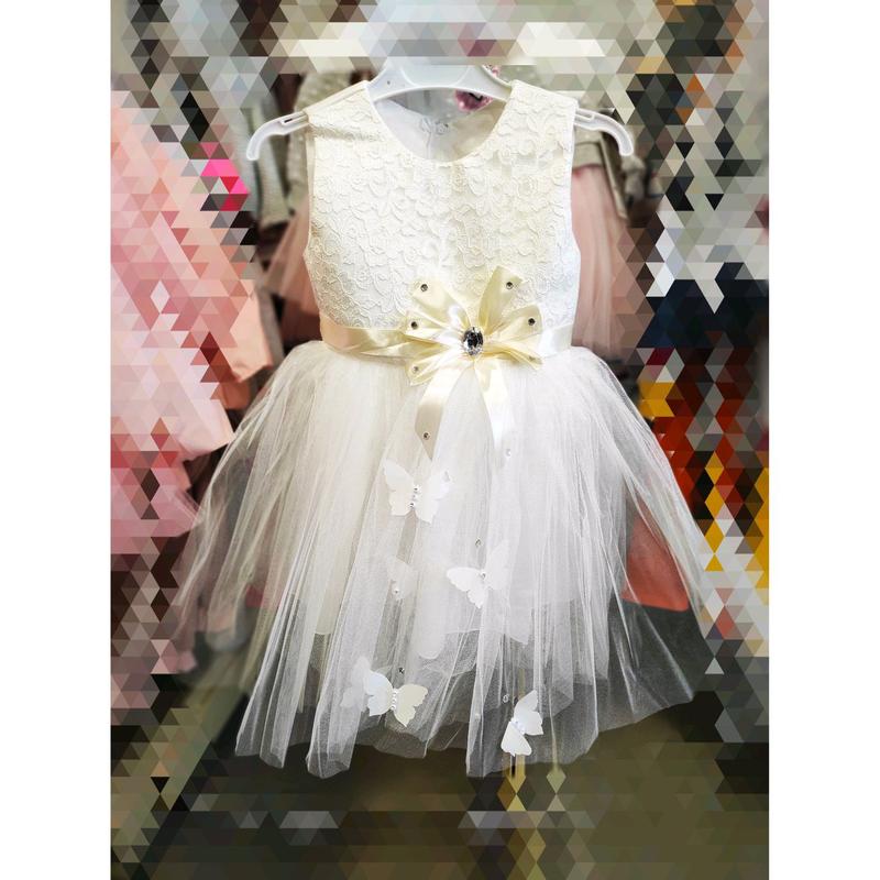 Нарядное платье на девочку 1/2 года