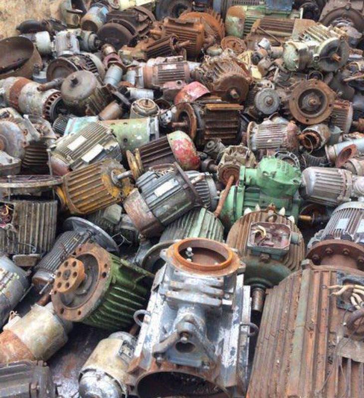 Куплю дорого электродвигателя редуктора трансформаторы