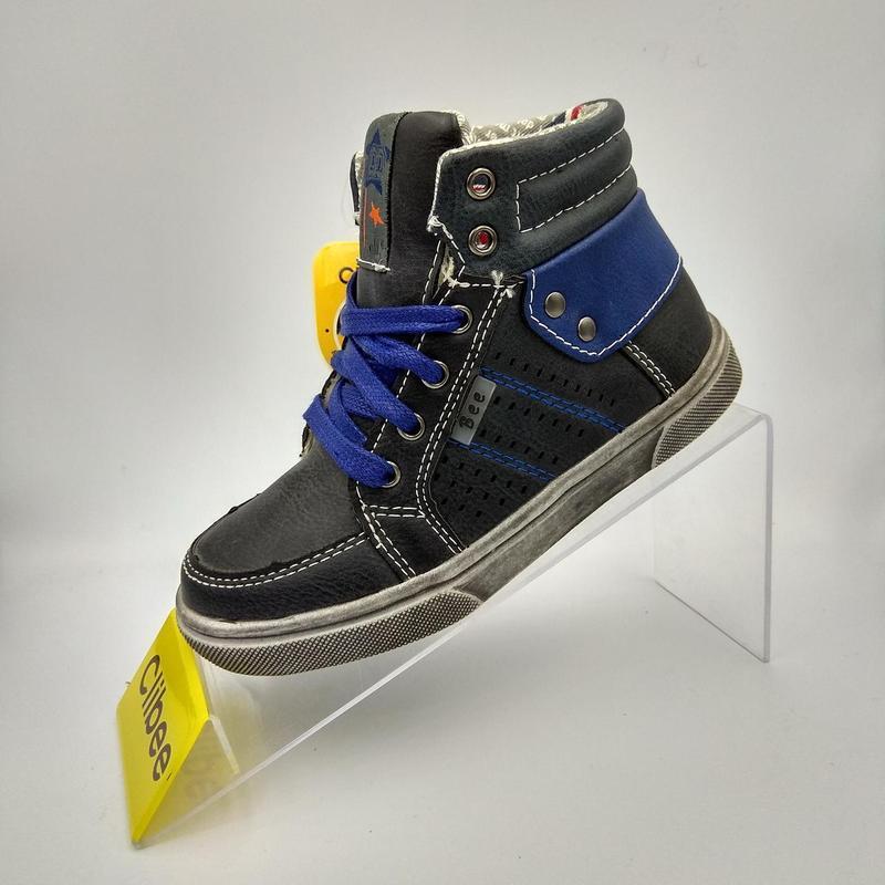 Демисезонные ботинки для мальчиков  румыния clibее