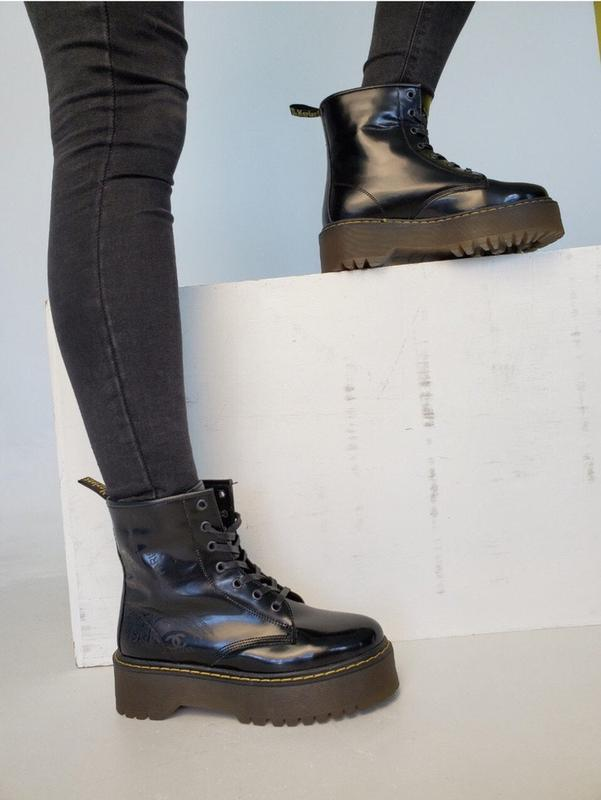 Женские черные кожаные демисезонные ботинки натуральная кожа м...