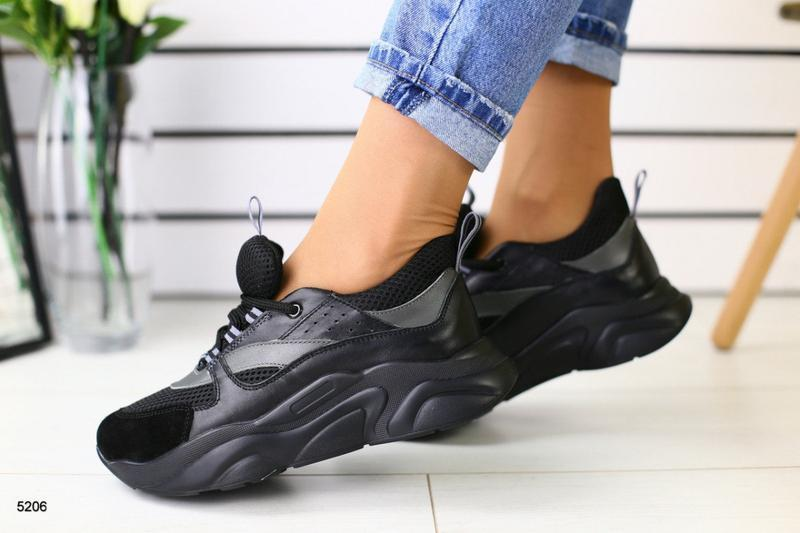 Женские кроссовки черные  масивная толстая подошва замша кожа