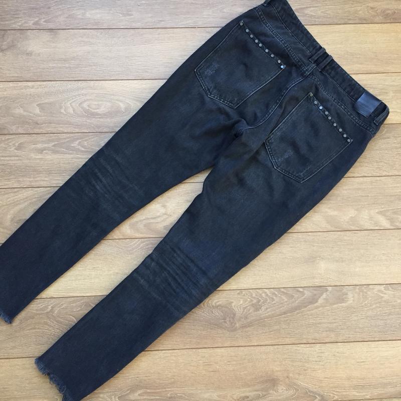 Стильнейшие джинсы  с потёртостями от zara - Фото 2