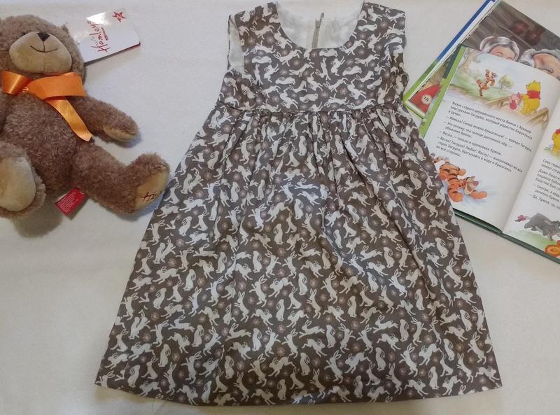 Классное платье ручной работы с зайцами , 3 года