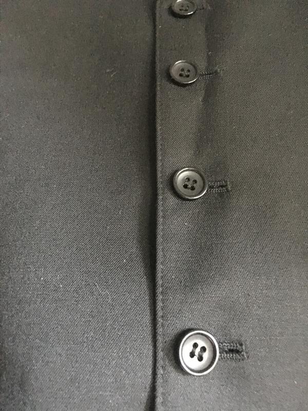 Классическая мужская жилетка костюмная чёрная - Фото 7