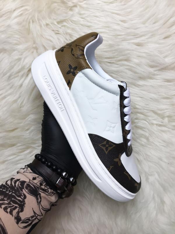 Sneakers brown white. женские кожаные кроссовки.