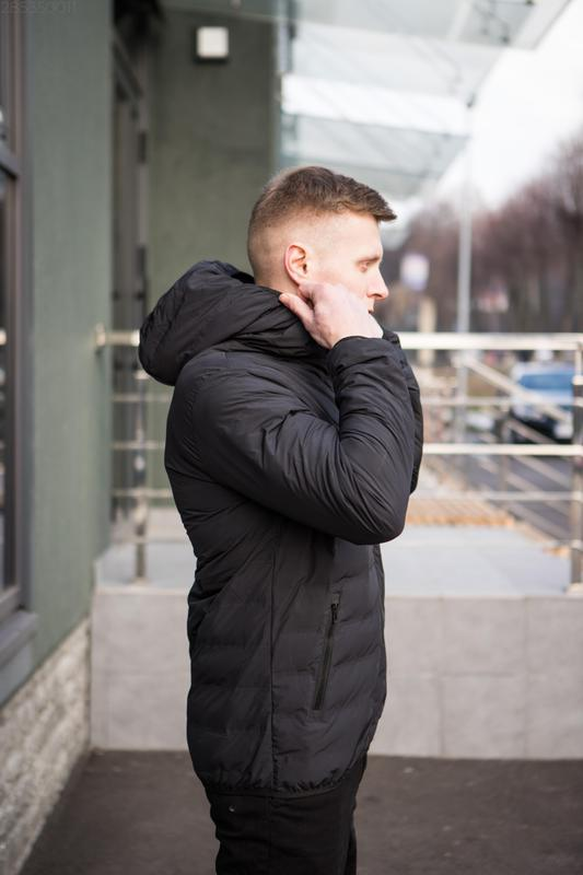 Мужская чёрная куртка с капюшоном осенняя курточка еврозима - Фото 4