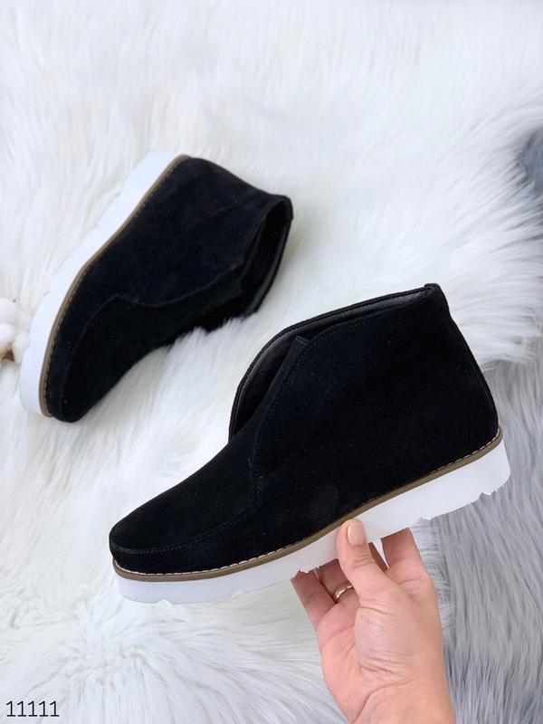 Стильные ботиночки деми из натуральной замши - Фото 2