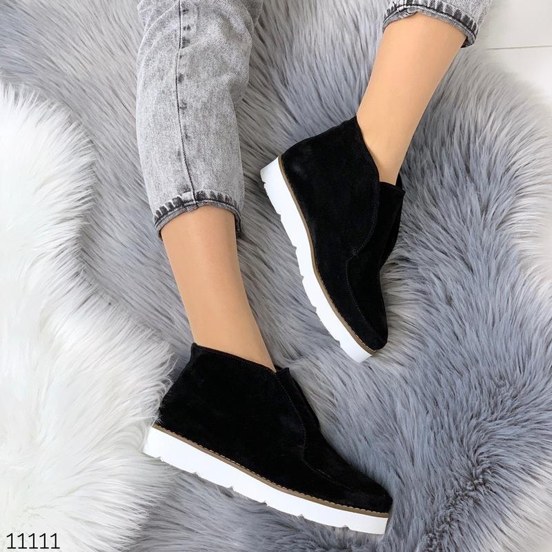 Стильные ботиночки деми из натуральной замши - Фото 10