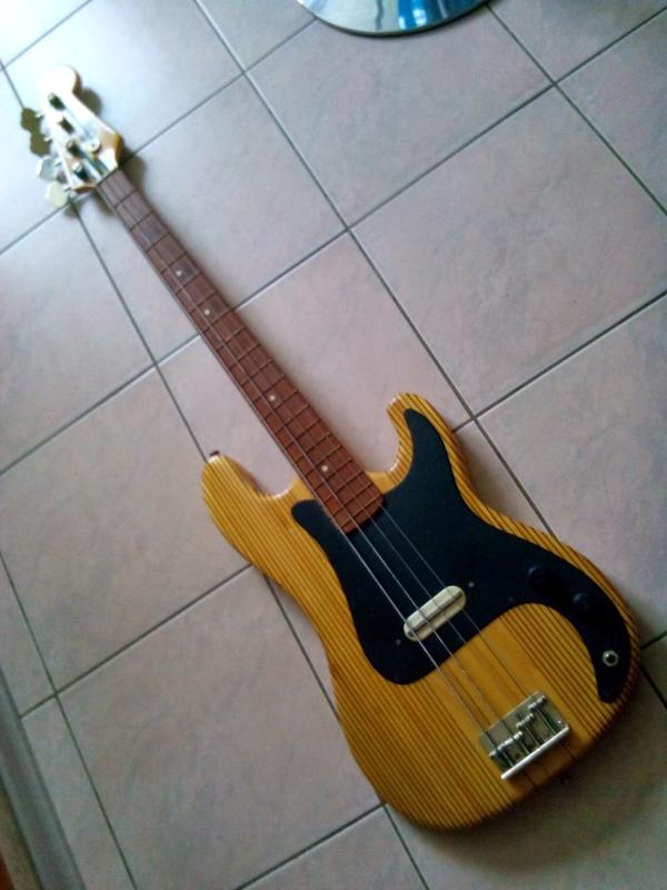 """Гитара """"ORFEUS bass"""""""