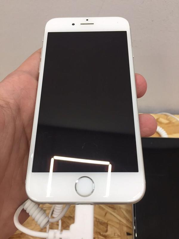 IPhone 6 16GB SpaceGray/Silver + Гарантия