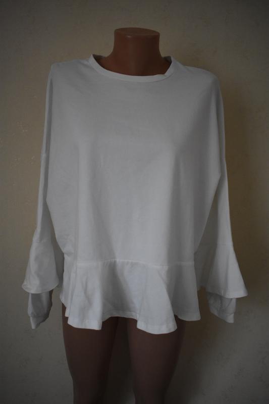 Белый стильный джемпер большого размера zara
