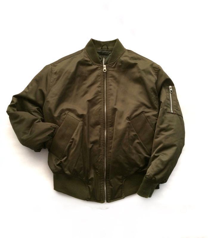Куртка бомбер pull&bear , курточна на осень,