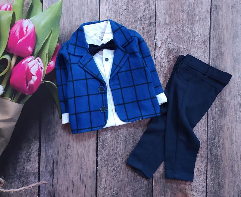 Шикарний нарядний костюм на хлопчика