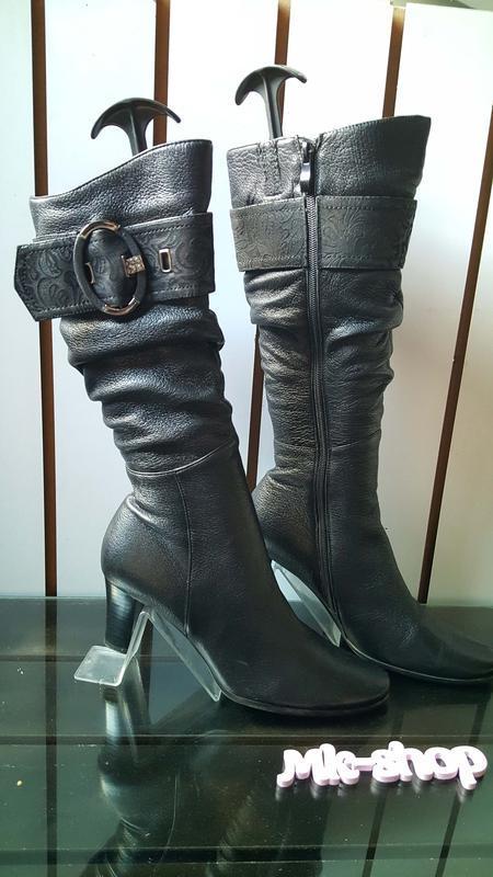 Женские кожаные сапоги фирмы blue tempt 003, 39размер