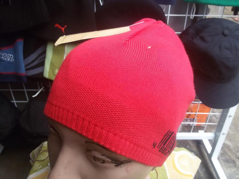 Новая подростковая шапка  в наличие.