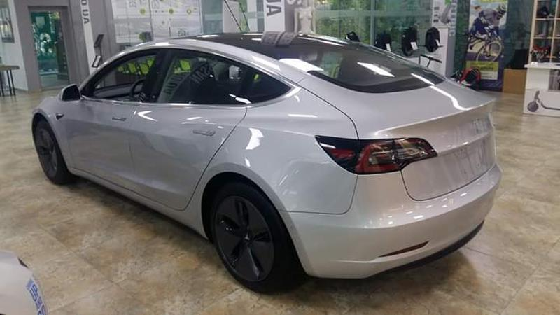 Tesla Model 3 - Фото 3