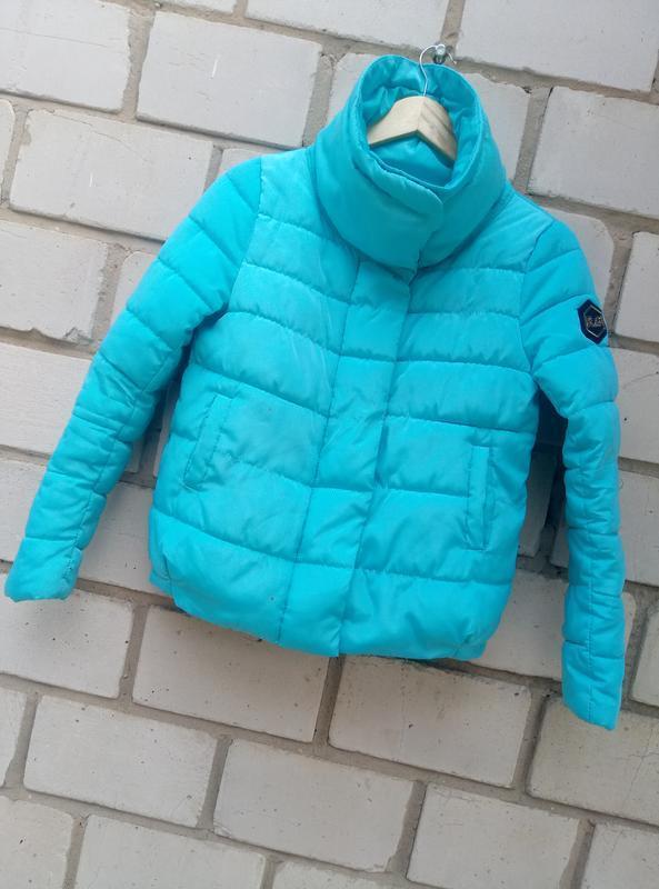 Красивая осенняя куртка раз. s - Фото 3