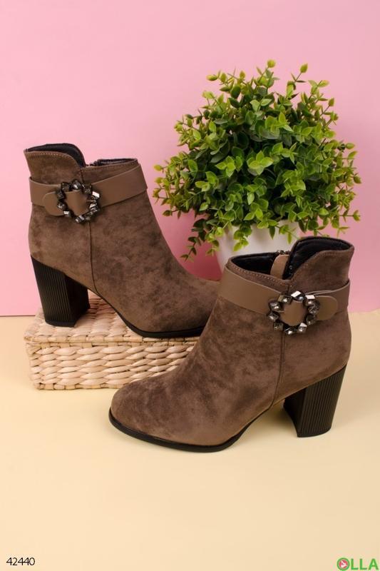 Женские ботинки на толстом каблуке - Фото 4