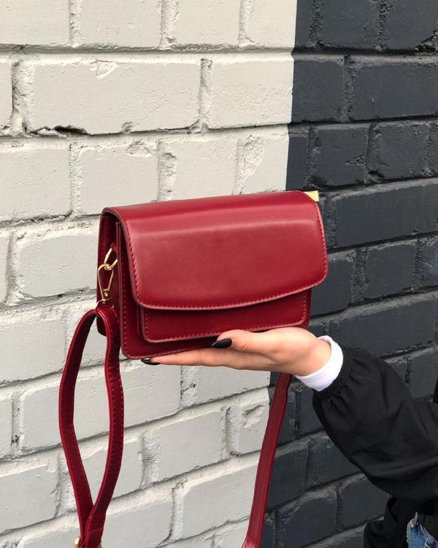 Стильная каркасная мини сумочка из эко-кожи кроссбоди сумка че...