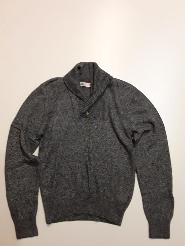 Фирменный свитер 12-14 лет
